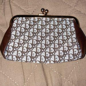 Dior vintage coin purse gold kiss lock closure